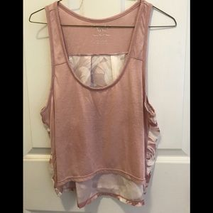 American Eagle tank, size Large